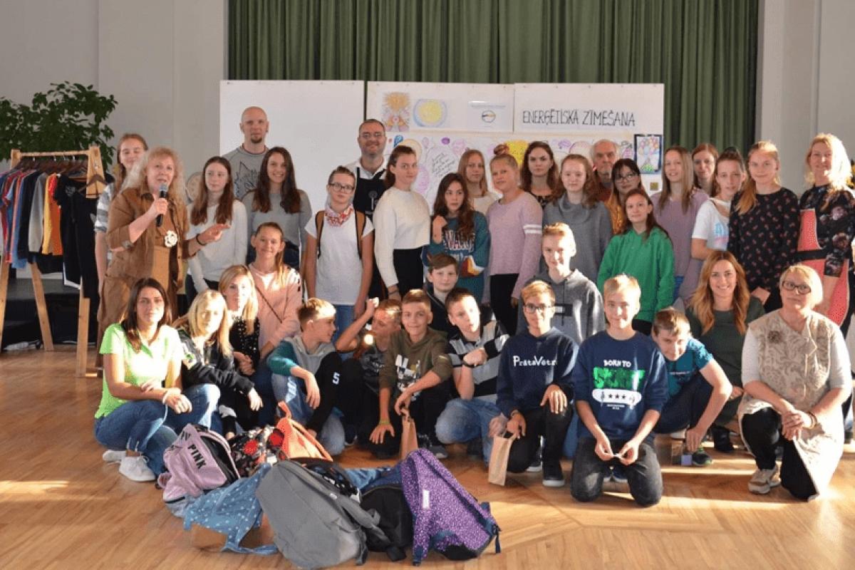 Skolēni apmeklē Uzņēmēju dienas 2018