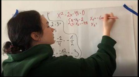 Skolēns māca skolēnu. Kvadrātvienādojumi.