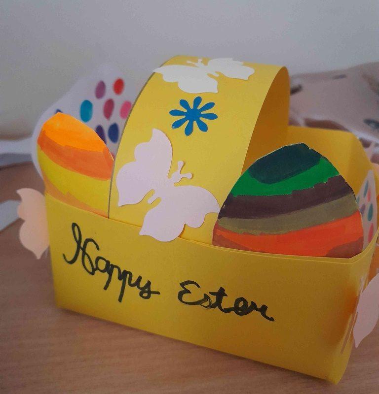 Pūpoli, saulīte un pirmie ziedi – Lieldienas tuvojas!