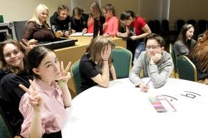 Filma par Skolēnu Padomes organizēto viktorīnu par Latviju