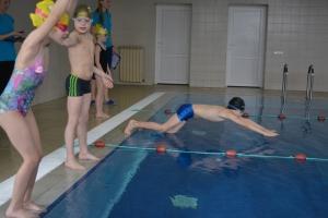 1.klases peldēšanas sacensības